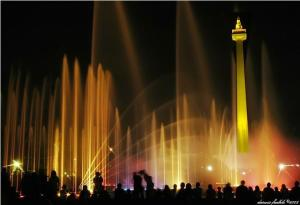 http://alphin23.files.wordpress.com/2009/07/monas.jpg?w=300&h=205